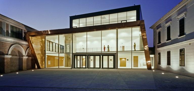 Auditorium Grafenegg: Heimat großer Orchester und Bühne für große Feste. Gala-Abende, großes Bankett oder Tanzfläche.