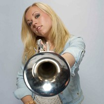 Tine Thing Helseth • trumpet ©Colin Bell / Warner Classic
