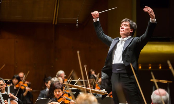 Alan Gilbert · conductor © Chris Lee