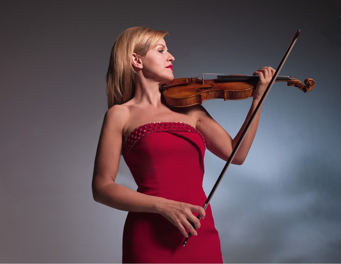 Anne-Sophie Mutter • violin, leader © Tina Tahir